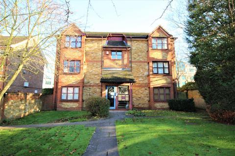 2 bedroom flat to rent - Whitehall Road, Uxbridge,