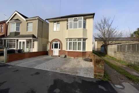 3 bedroom detached house - Stamford Road, Southbourne, Bournemouth