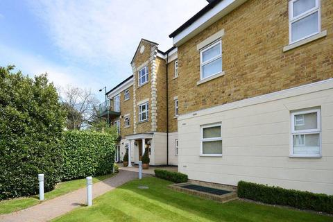 3 bedroom flat to rent - Holywell Lodge, Enfield