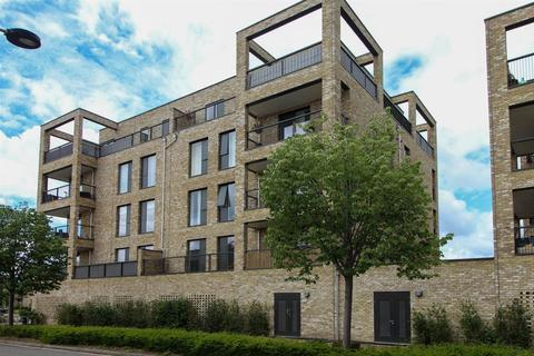 2 bedroom apartment for sale - Woodpecker Way, Trumpington