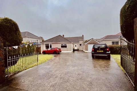 3 bedroom detached bungalow for sale - Garrod Avenue, Dunvant, Swansea