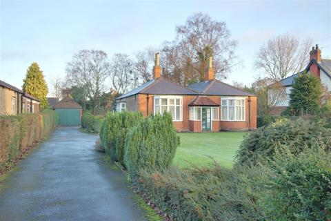 3 bedroom detached bungalow for sale - Southwood Road, Cottingham