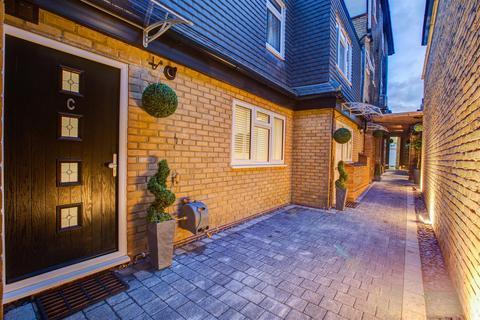 1 bedroom maisonette to rent - High Road, Turnpike Lane, London