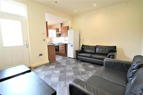 5 bedroom terraced house to rent - Cross Chapel Street, Headingley, Leeds, LS6