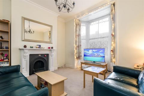 3 bedroom maisonette to rent - Minford Gardens, Brook Green, London W14