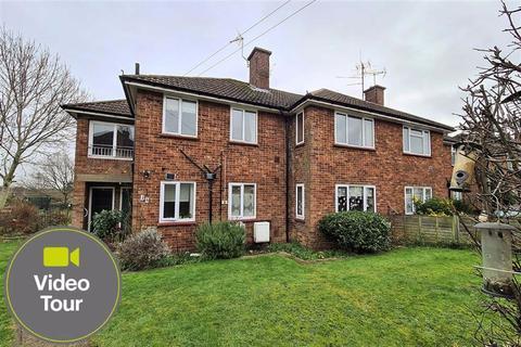 2 bedroom flat for sale - Beech Grove, Linslade