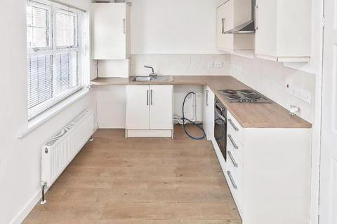 2 bedroom terraced house to rent - Queens Avenue, Dalton-Le-Dale, Seaham