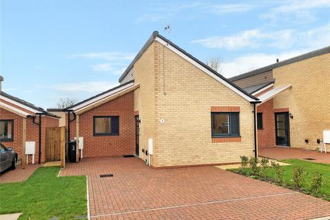 2 bedroom bungalow for sale - Pilgrim Close, Ramleaze, Swindon, Wiltshire, SN5