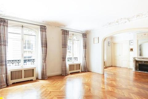 6 bedroom apartment - PARIS, 75016