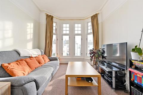 3 bedroom apartment for sale - Osborne Villas, Hove, East Sussex, BN3