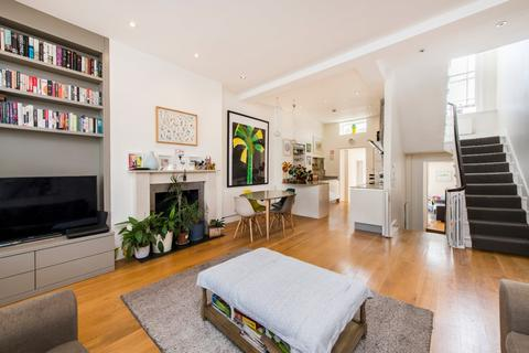 4 bedroom apartment for sale - Regents Park Road, London, NW1