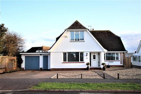 3 bedroom bungalow for sale - Shortlands Close, Off Church Street, Willingdon, Eastbourne, BN22
