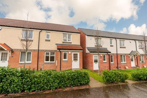3 bedroom end of terrace house to rent - 30 Dunipace Road, Edinburgh, EH12