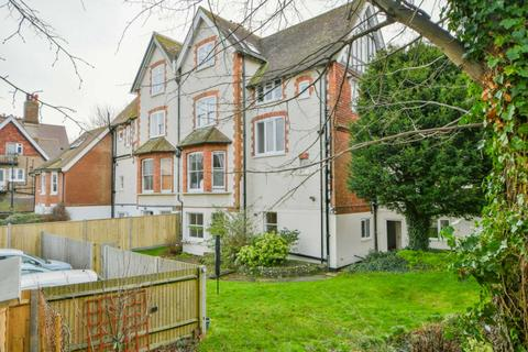 3 bedroom flat for sale - Moat Croft Road, Eastbourne