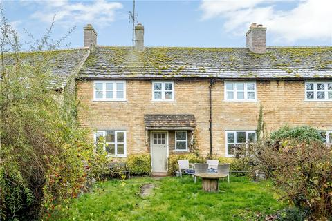 3 bedroom cottage for sale - Peterborough Road, Wansford, Peterborough, PE8