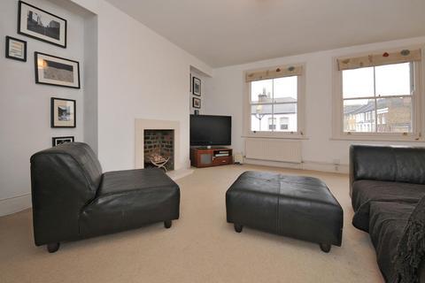2 bedroom flat to rent - Northcote Road Battersea SW11