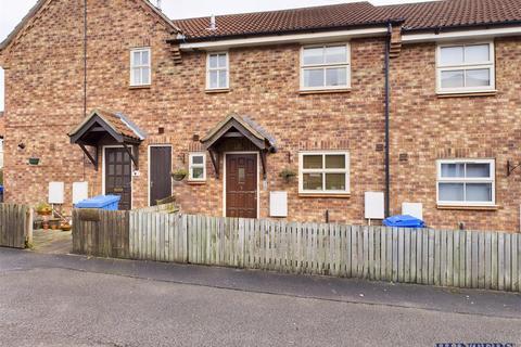 2 bedroom terraced house - Rundle Place, Pocklington, York, YO42 2XS