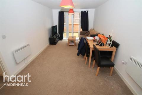 2 bedroom flat to rent - Park view, Grenfell Road