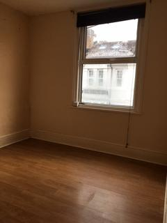 Studio to rent - Stirling Place, Hove BN3