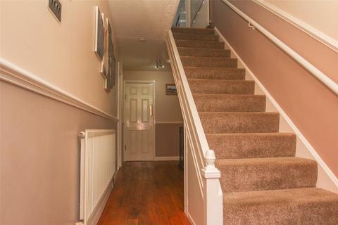 4 bedroom terraced house for sale - Warwick Road, Rainham, Essex, RM13