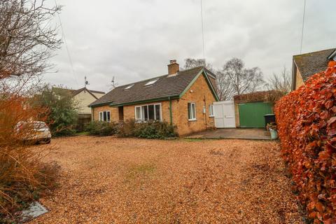 4 bedroom detached bungalow for sale - Tea Kettle Lane, Stetchworth