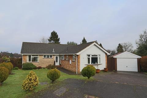 3 bedroom detached bungalow for sale - Field End, West Coulsdon