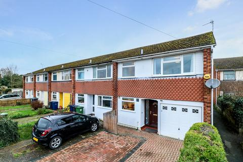 3 bedroom end of terrace house for sale - Cliveden Close, Cambridge