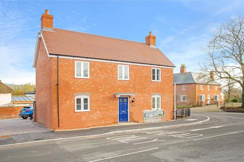 3 bedroom detached house for sale - High Street, Upavon, SN9