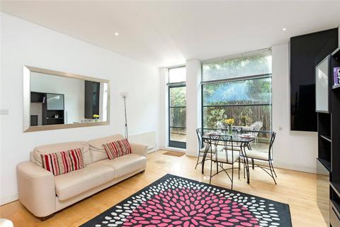 1 bedroom flat to rent - Chiswick Green Studios, 1 Evershed Walk, Chiswick, London
