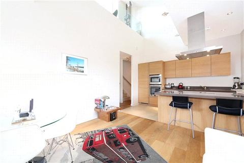 2 bedroom flat to rent - The Pumphouse, Bazalgette Court, Great West Road, Hammersmith