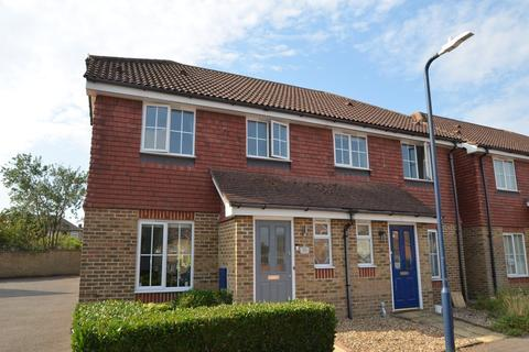 3 bedroom semi-detached house to rent - Beaver Road, Allington, Maidstone