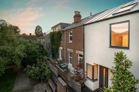 3 bedroom end of terrace house for sale - Dudley Gardens, St. Clements, OX4