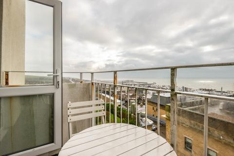2 bedroom apartment to rent - Chadborn Close, Brighton