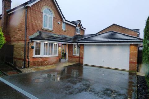 4 bedroom detached house to rent - Sandileigh Drive, Sandileigh Park, Bolton