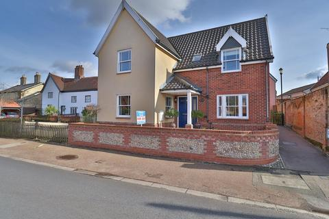 3 bedroom detached house for sale - The Street, Botesdale, Diss