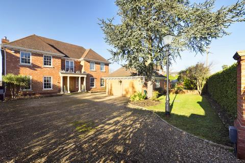 6 bedroom detached house for sale - The Drive, Ickenham