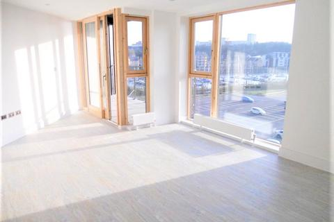 2 bedroom flat to rent - Empire Way, Cardiff,
