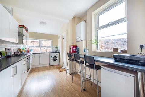 4 bedroom terraced house to rent - £64pppw - Cardigan Terrace, Heaton, Newcastle Upon Tyne