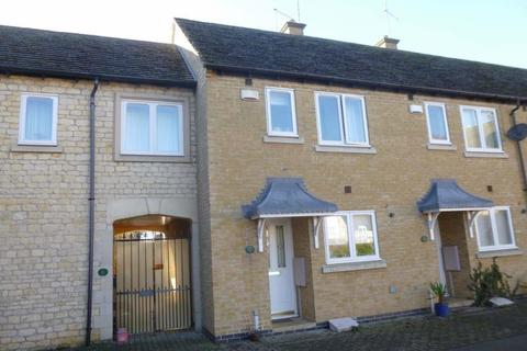 2 bedroom terraced house - Mallard Court, Stamford, Lincolnshire