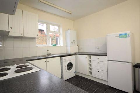 3 bedroom maisonette to rent - Warner Road, Walthamstow