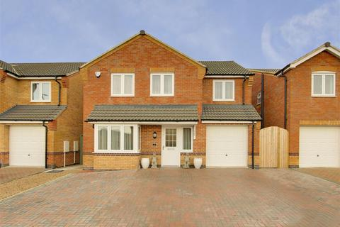 4 bedroom detached house for sale - Mason Way, Leabrooks, Alfreton, Derbyshire, DE55 1NB