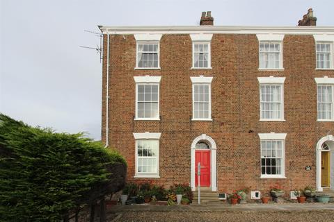 1 bedroom flat for sale - 4 Belle Vue, Bridlington