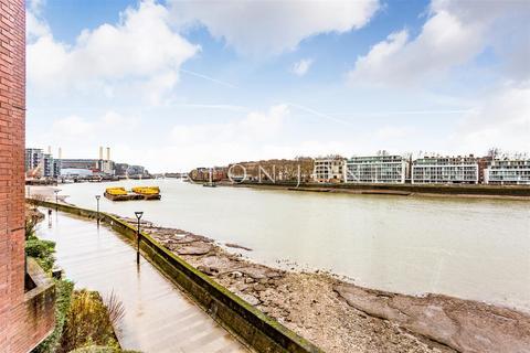 3 bedroom flat for sale - Riverside Court, 20 Nine Elms Lane, Nine Elms, London SW8