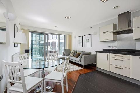 2 bedroom flat to rent - Orbis Wharf, Battersea, SW11