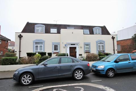 1 bedroom flat for sale - St. Ronans Road, Southsea