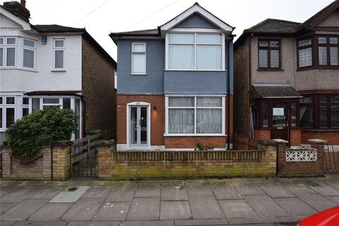 3 bedroom detached house for sale - Mildmay Road, Romford, RM7