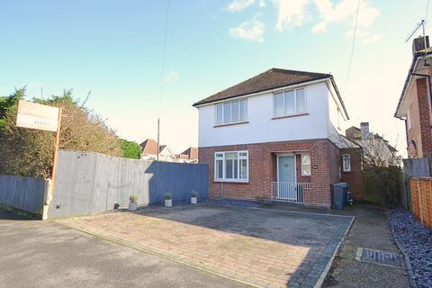 3 bedroom detached house for sale - Southbourne