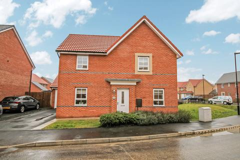 4 bedroom detached house for sale - Ascot Drive, North Gosforth, Newcastle upon Tyne, Tyne and Wear, NE13 6PB