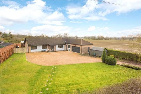 3 bedroom bungalow for sale - Kimbolton Road, Pertenhall, Bedfordshire, MK44