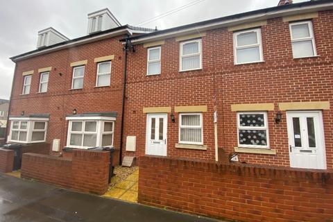 2 bedroom terraced house to rent - Rayfield Grove, , Swindon, SN2 1HD